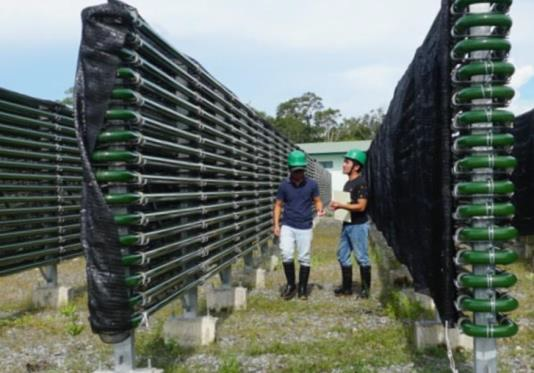 タベルモ 写真2 スピルリナの栽培設備