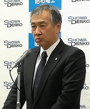 中計進捗を説明する森川宏平社長