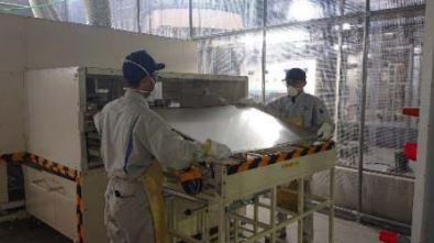 パネルセパレータ処理後のCIS薄膜太陽電池モジュール