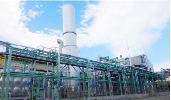 青海工場の高効率ガスタービン発電機