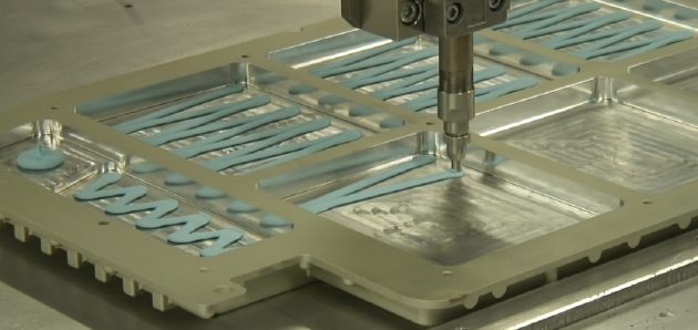 SPE グリス状放熱材料製品(LiB筐体内面への塗布例)
