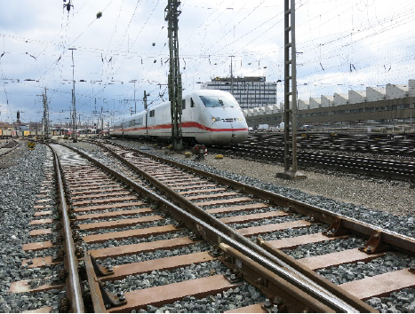 合成木材「FFU」ドイツ国鉄での採用事例①