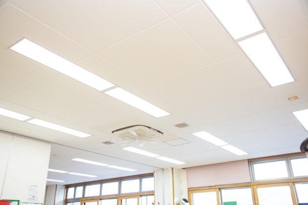 保育施設天井に施行された『かるてん』