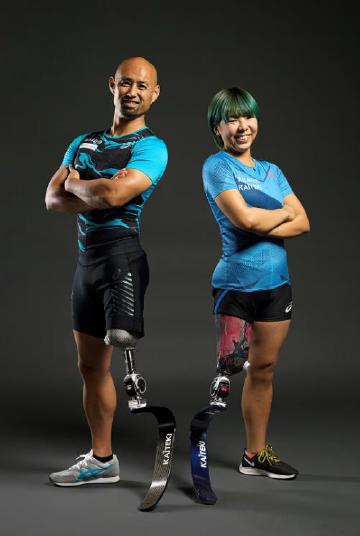 パラアスリート(左:山本選手、右:前川選手)と契約